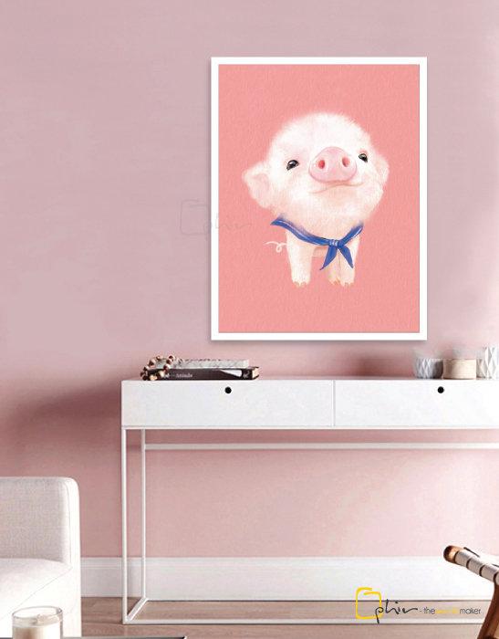 The Fluffy Fleece Piggy - Wooden Frame - White